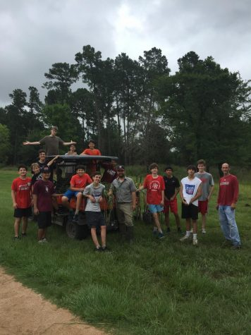 Eagle Cross Country gives back to Memorial Park
